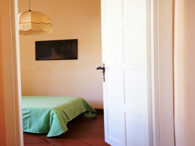 Rustico nell 39 entroterra ligure adatto ad una coppia case vacanza liguria riviera dei sogni - Televisione in camera da letto si o no ...