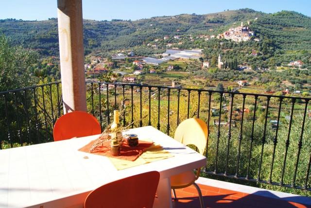 Appartamento in villa con piscina case vacanza liguria - Villa dei sogni piscina ...